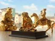Phong thủy - Quà tặng Tết mạ vàng: đắt xắt ra miếng