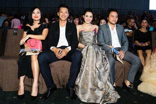 Chồng đại gia tháp tùng Trang Nhung đi sự kiện trước đám cưới-9