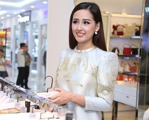 mai phuong thuy, maya bat ngo kin dao du su kien - 4