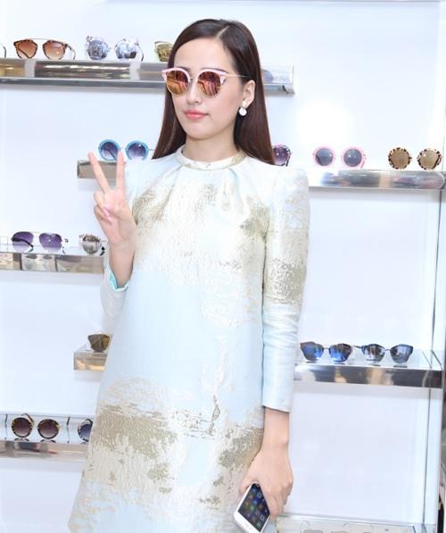 mai phuong thuy, maya bat ngo kin dao du su kien - 6