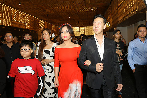 le phuong - quy binh chia tay nhung van sanh doi di tiec - 9