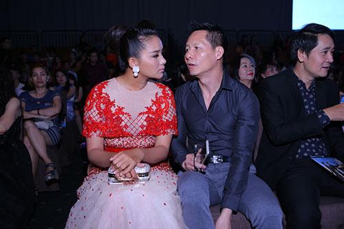 le phuong - quy binh chia tay nhung van sanh doi di tiec - 5