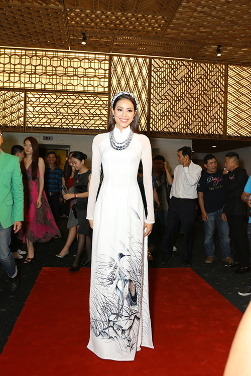 le phuong - quy binh chia tay nhung van sanh doi di tiec - 3