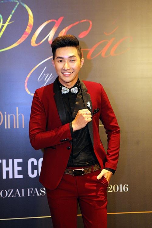 Nam Phong gây sốc khi mua áo dài 300 triệu-3