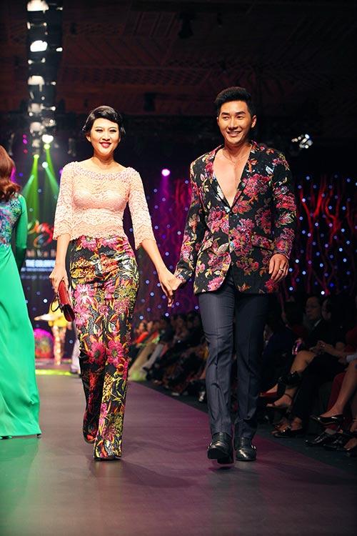 Nam Phong gây sốc khi mua áo dài 300 triệu-6