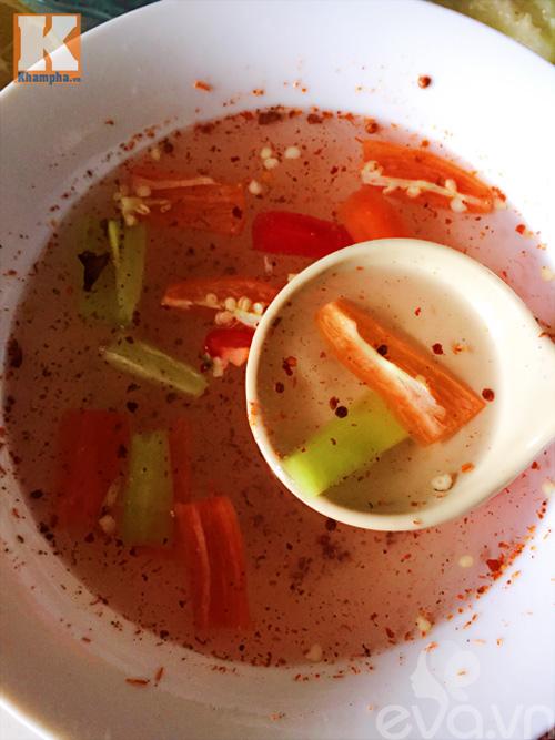 Dưa chuột muối chua cay chống ngán ngày Tết-4