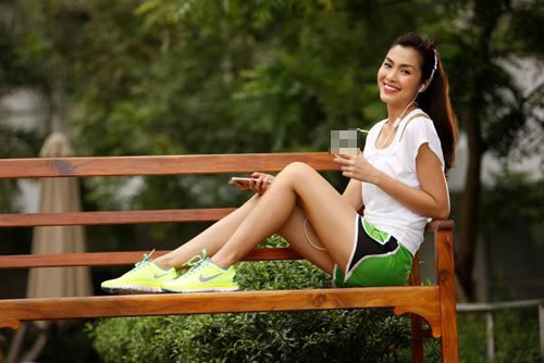 dien giay the thao chat nhu ha tang, pham huong - 6