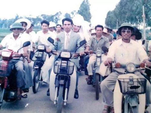 xon xao man ruoc dau 'dai gia va hot girl' tu nam 1981 - 7