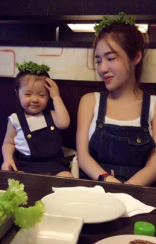 "tu long hanh phuc ben con gai sau gio tap ""tao"" - 8"