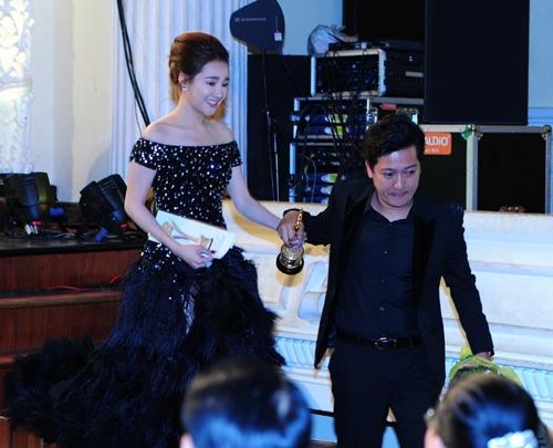 truong giang nam chat tay nha phuong khong roi tren tham do - 6
