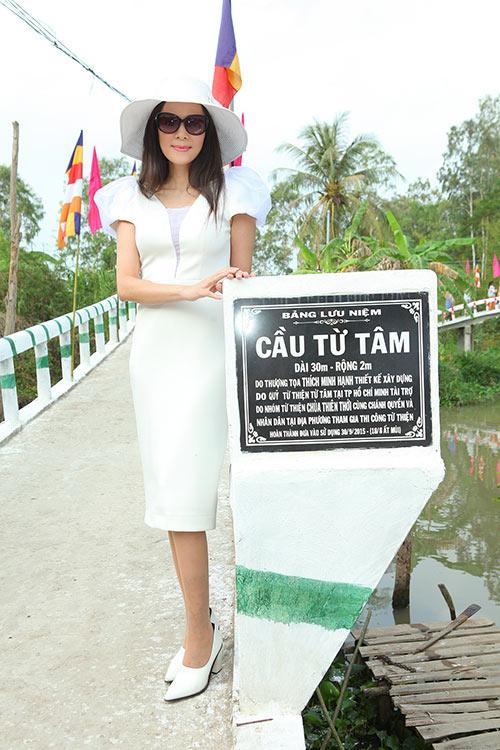 a hau to uyen tai xuat sau 15 nam vang bong - 7