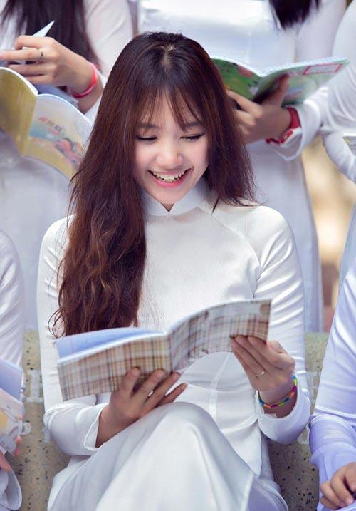 hari won - co gai han va moi tinh day tiec nuoi o vn - 1