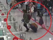 Tin tức - Cảng Nội Bài phản hồi việc bị hành khách tố 'vòi tiền'
