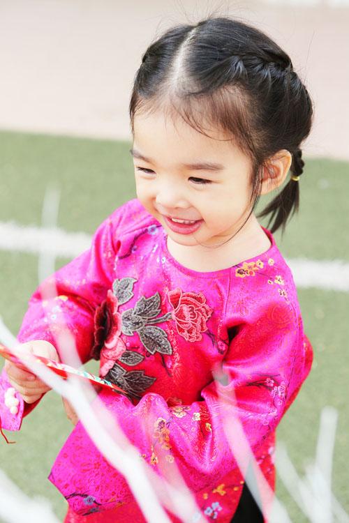 xuan lan, thuy hanh, than thuy ha sac so ao dai ben cac con - 3