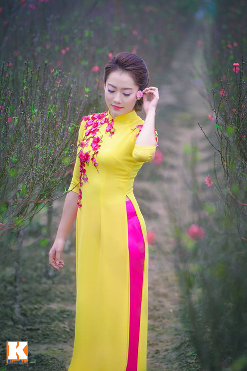 nu sinh lao - hoa khoi truong duoc say dam ta ao dai - 1