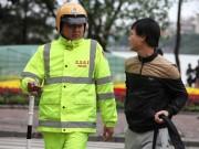 Tin tức - Nhiều người giật mình khi bị 'tuýt còi' đi bộ sai quy định