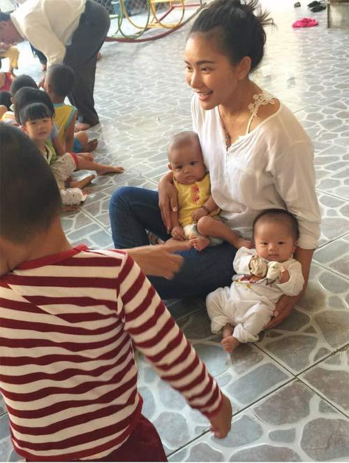 con trai khanh thi - phan hien mat tron xoe dang yeu - 15
