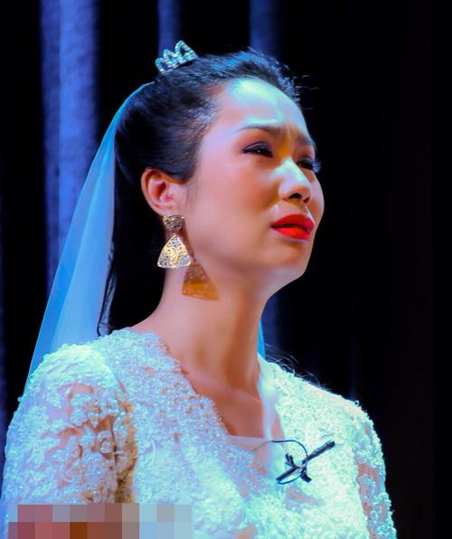 trinh kim chi khoc sung mat vi kich dong tinh - 5
