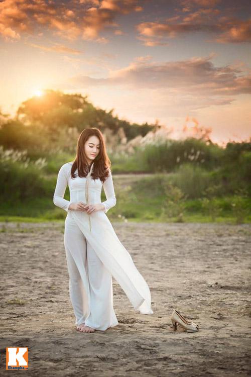 nu sinh lao - hoa khoi truong duoc say dam ta ao dai - 10