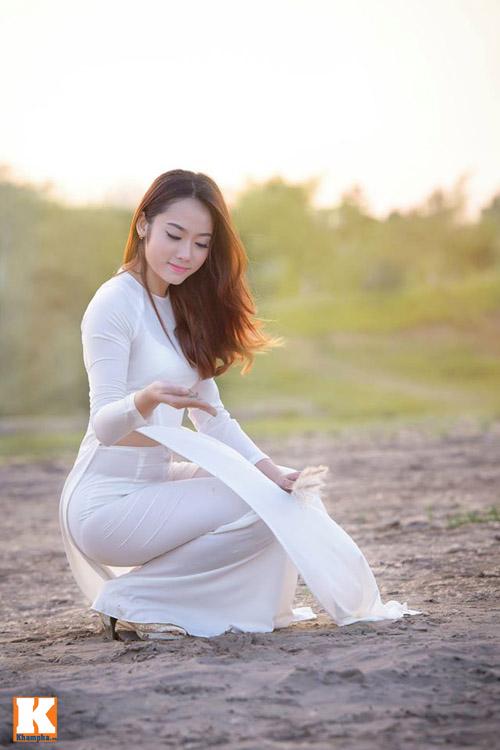 nu sinh lao - hoa khoi truong duoc say dam ta ao dai - 14