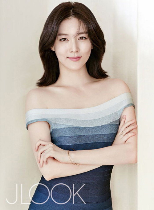 45 tuoi, lee young ae van dep mong manh, thanh khiet - 6
