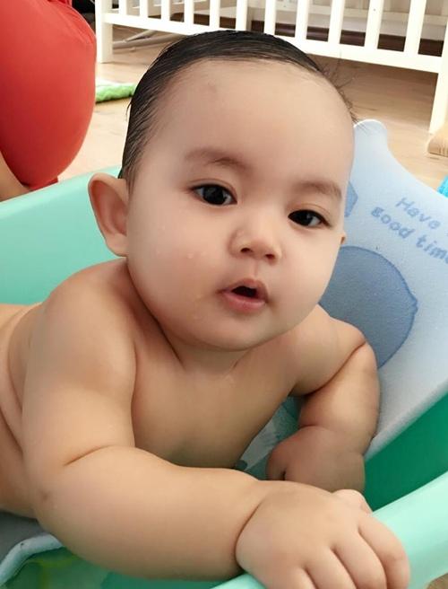 con trai khanh thi - phan hien mat tron xoe dang yeu - 2