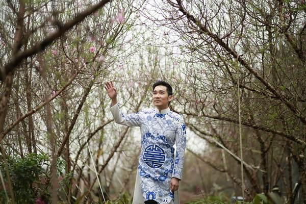 viet huong, quang ha mac ao dai dao pho hoa - 16
