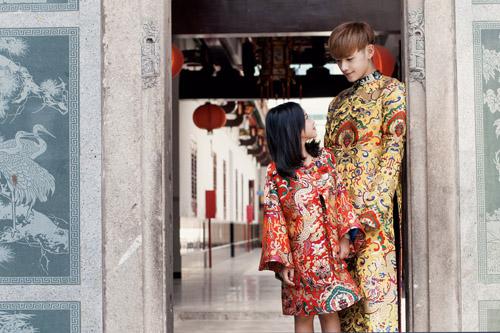 Mẫu nhí nổi tiếng Sài Gòn siêu cá tính khi mặc áo dài-3