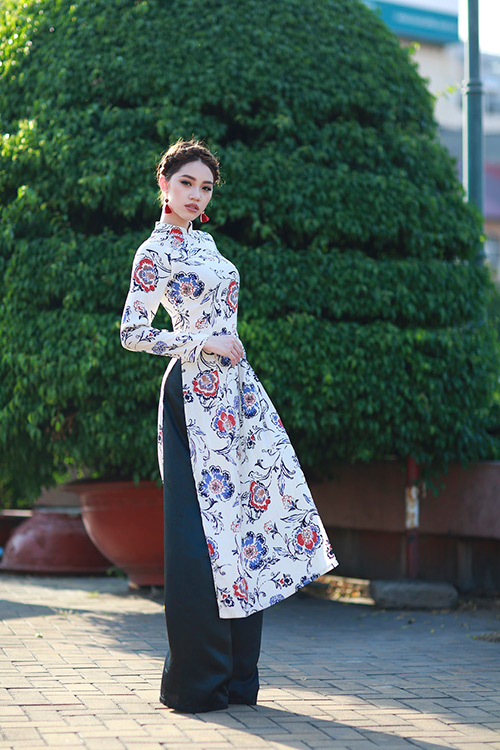 Hoa hậu Việt kiều hân hoan lần đầu mặc áo dài đón xuân-9