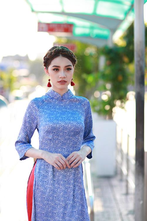 Hoa hậu Việt kiều hân hoan lần đầu mặc áo dài đón xuân-8