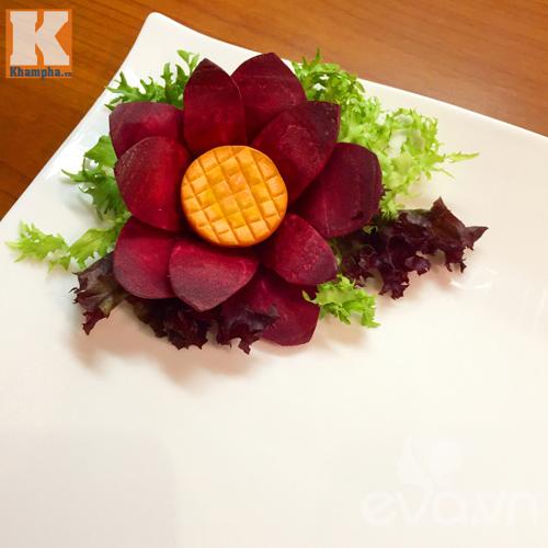 Gợi ý các cách trang trí đĩa ăn, bàn ăn ngày Tết-8