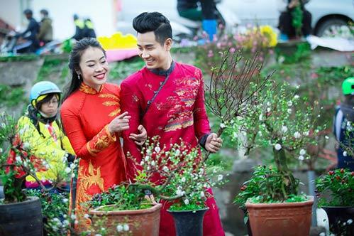 nguyen khang dien ao dai don xuan o pho co ha noi - 8