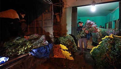 Chợ ly đêm làng Tây Tựu tấp nập ngày cuối năm-1