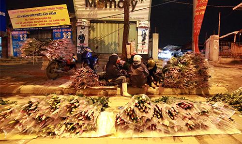 Chợ ly đêm làng Tây Tựu tấp nập ngày cuối năm-17