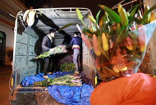 Chợ ly đêm làng Tây Tựu tấp nập ngày cuối năm-2