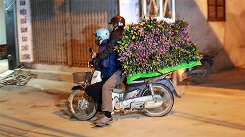 Chợ ly đêm làng Tây Tựu tấp nập ngày cuối năm-16