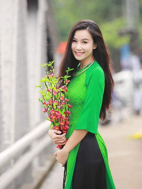 luong giang diu dang voi ao dai o co do - 3