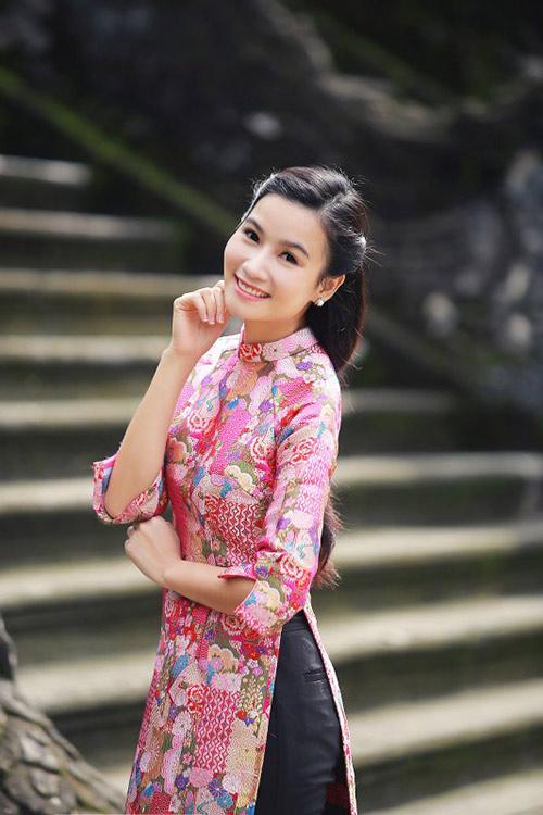 luong giang diu dang voi ao dai o co do - 5