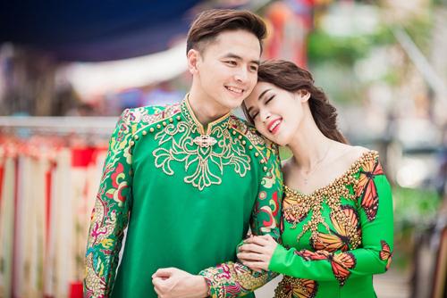 Tú Vi - Văn Anh diện áo dài ngọt ngào sánh đôi-1