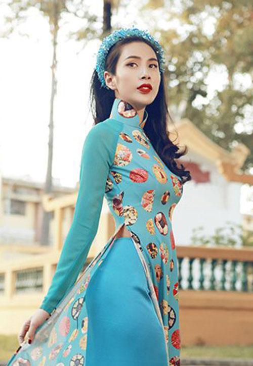Sao Việt xinh đẹp rạng ngời đón Tết Bính Thân 2016-11