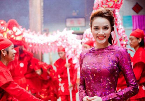 Sao Việt xinh đẹp rạng ngời đón Tết Bính Thân 2016-8