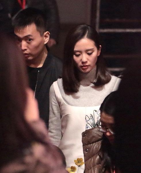 Lưu Thi Thi lộ diện sau buổi chụp ảnh cưới-4