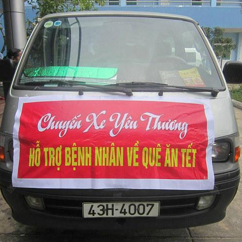 cảm dọng chuyen xe cho benh nhan ngheo vè que an tét - 1