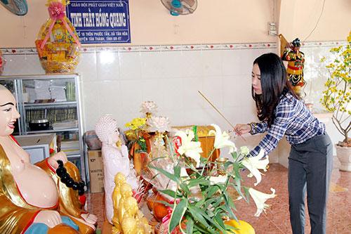 Tuyền Mập có bầu 8 tháng vẫn hăng say đi từ thiện cận Tết-11
