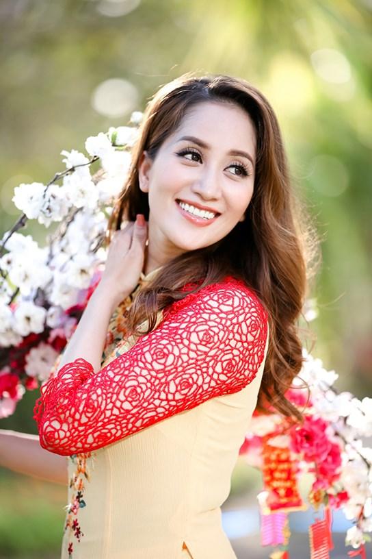 khanh thi - phan hien dua con trai nho du xuan dau nam - 9