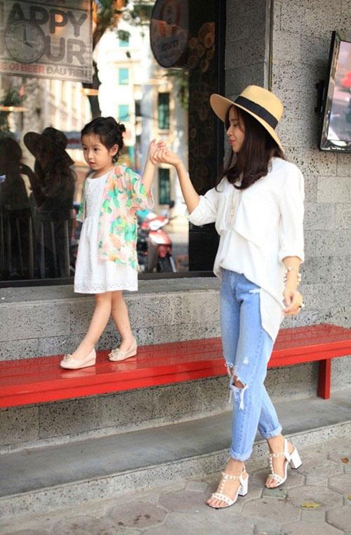 Hồ Hoài Anh hứa không làm việc dịp Tết để chơi với con gái-2