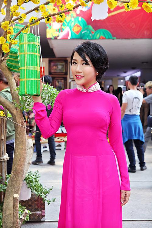 """""""me don than"""" thuy duong rang ro du xuan cung con gai - 1"""