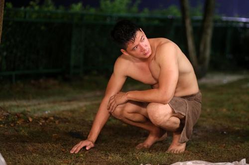 binh minh xin phep dao dien khong nude 100% tren man anh rong - 1