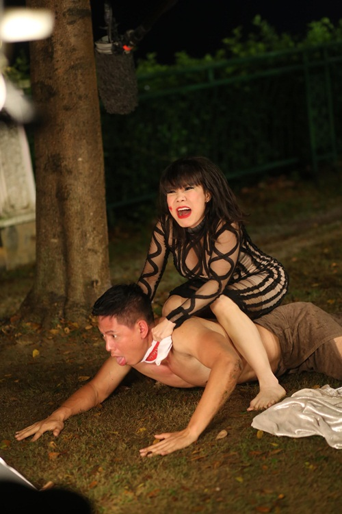 binh minh xin phep dao dien khong nude 100% tren man anh rong - 4