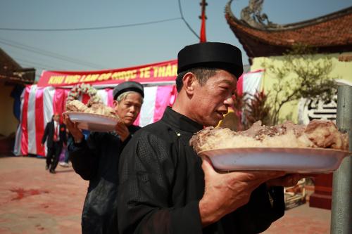 hoi lang nem thuong: khong con canh chem lon o san dinh - 13